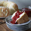 Angel Food Cake met frambozen saus