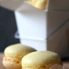 Macarons met lemon curd
