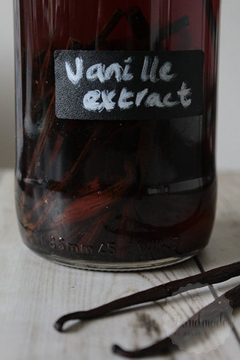 Homemade vanille extract maken | HandmadeHelen