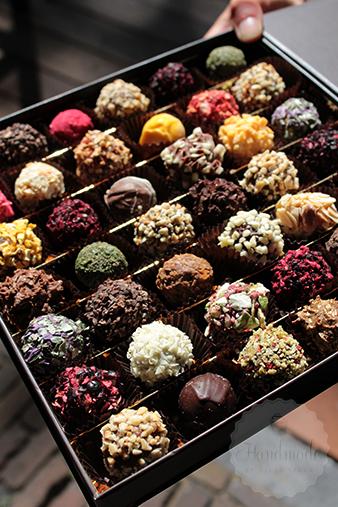 Marcipano truffles| HandmadeHelen