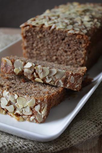 Speculaas cake met amandelspijs | HandmadeHelen