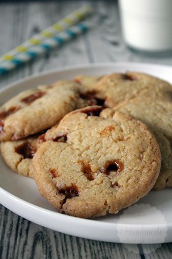 Knapperige caramel koekjes | HandmadeHelen