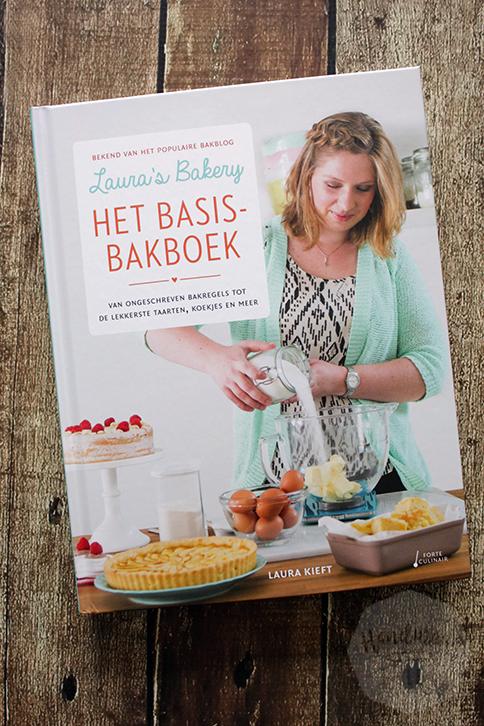 Laura's Bakery, het basisbakboek - Laura Kieft