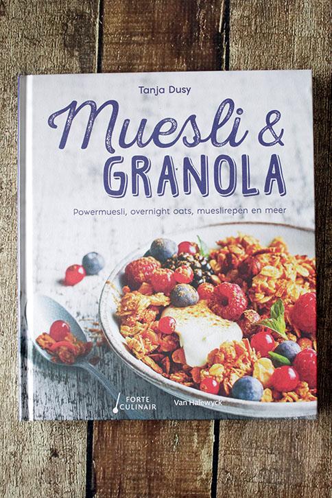 Review: Muesli en granola | HandmadeHelen
